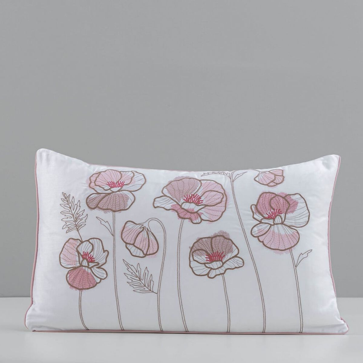 almofada-bordada-branco-rosa-lilac-papoula-artelasse-1